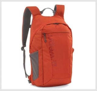 Lowepro Photo Hatchback 22L AW pepper red červený